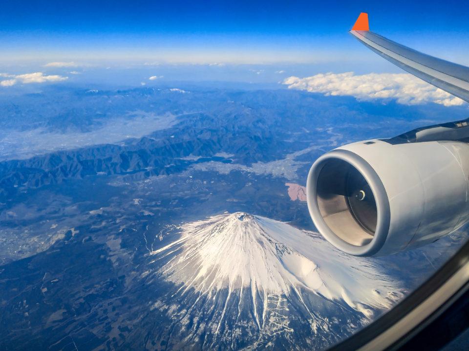 10月25日は「民間航空記念日」。CAにも愛されるHuxleyで、機内の乾燥対策を